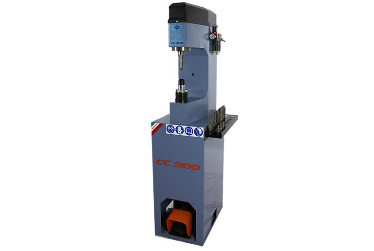 Comec CC300 - Hydro-pneumatic riveting machine